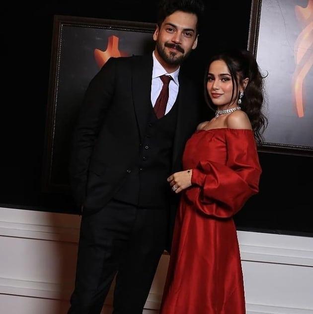 Aima Baig with Shahbaz Shigri