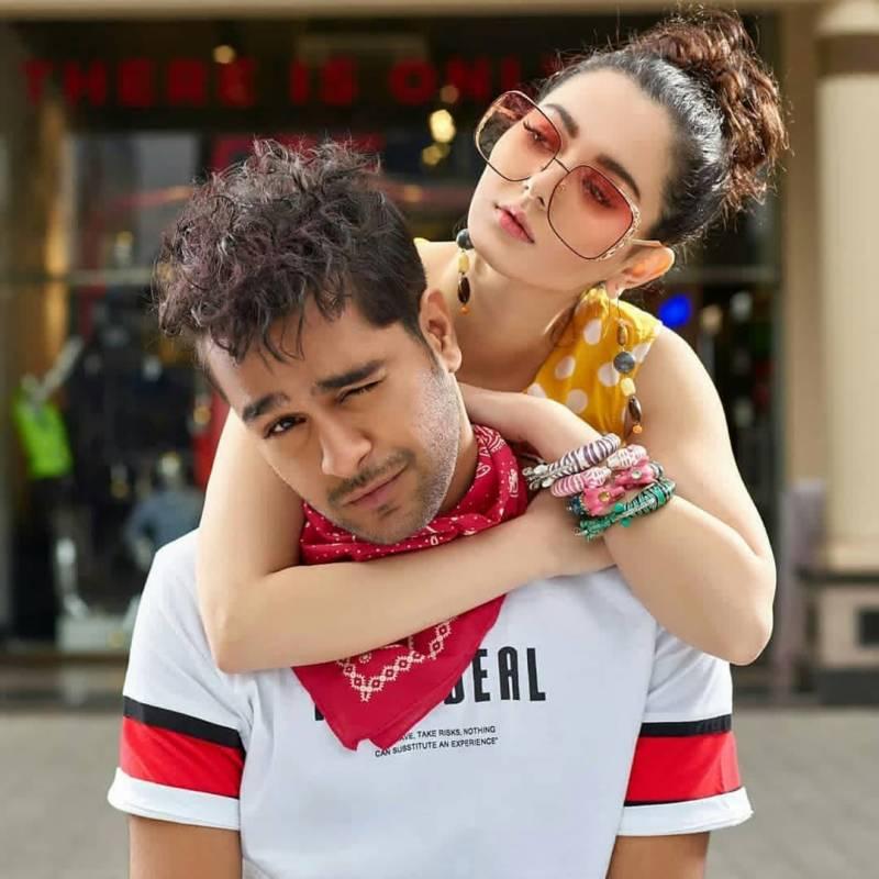 Hania Aamir Fights with Asim Azhar