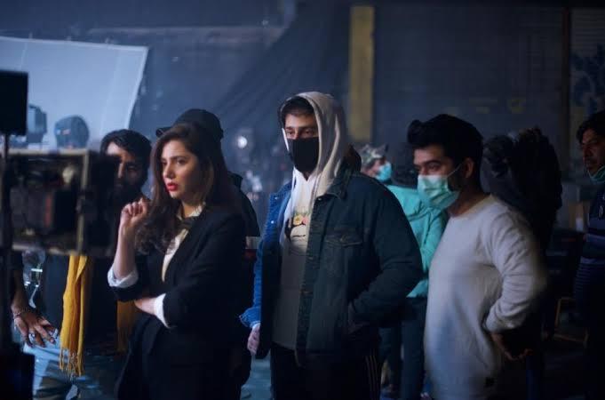 Azaan Sami Khan and Mahira Khan in Tu Song
